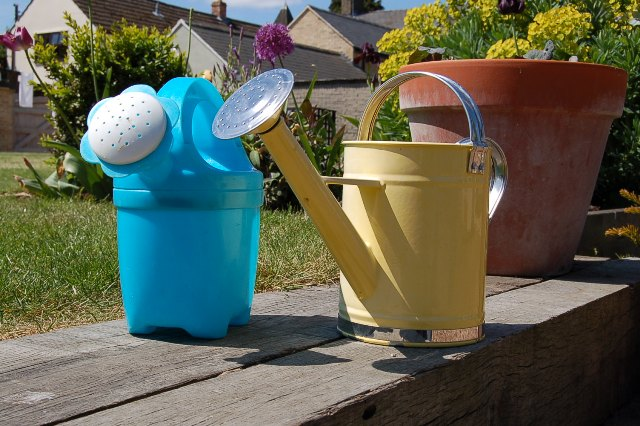 Watering cans 001