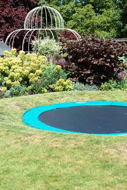 Sunken trampoline1