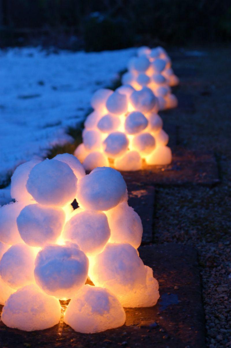 Garten-Deko zu Weihnachten, Schwedische Schneelaternen, Eisiglu, leuchtende Iglus